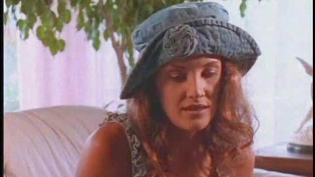 Star du porno film arabe adulte résout la dignité d'un homme.