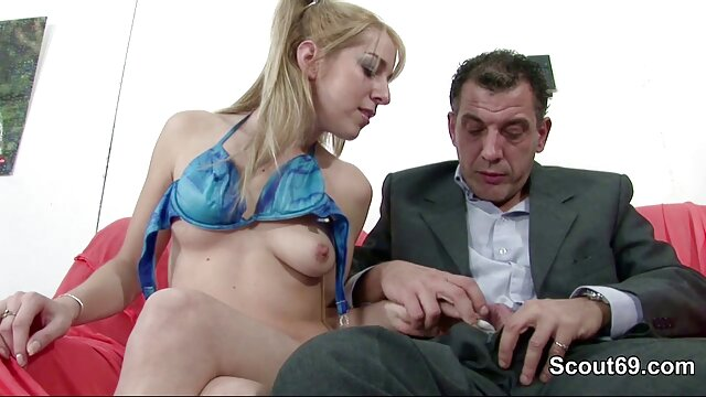 Collection de films en streaming pour adultes sexy seins adulte dame dans différentes positions