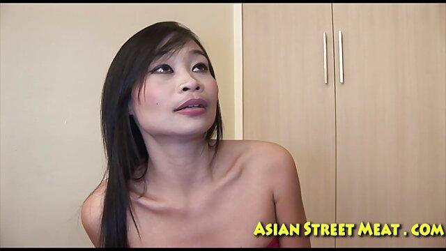 Adulte film x adultes star du Porno a soudainement décidé d'avoir des relations sexuelles avec un chinois intelligent.