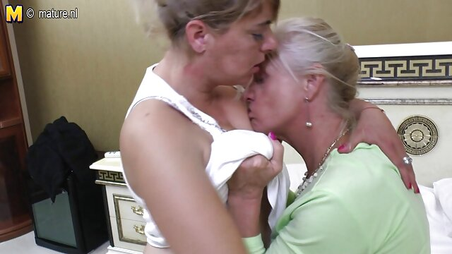 La films erotiques adultes douce sœur a son disque falos épais et dur.